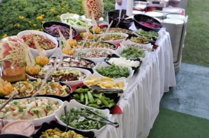Setting up your buffet table